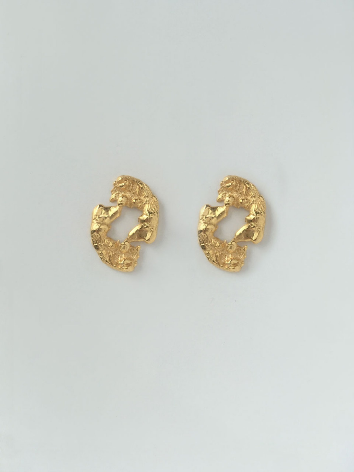 Flame hole earring